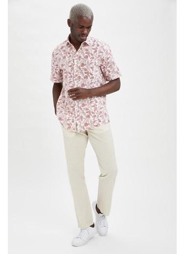DeFacto Modern Fit Floral Desenli Kısa Kollu Gömlek Beyaz